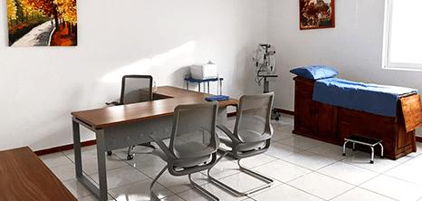 Ajijic orthopedist clinic station