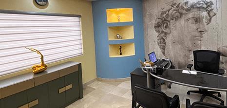 Ciudad Juarez plastic surgery clinic lobby