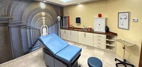 Ciudad Juarez plastic surgery clinic station