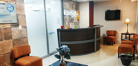 Ciudad Juarez dental clinic lobby