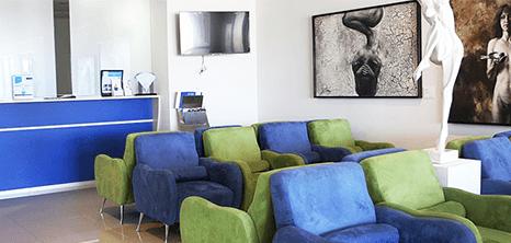 Guadalajara plastic surgery clinic lobby