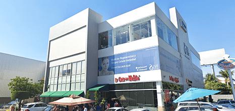 Guadalajara gynecology clinic entrance
