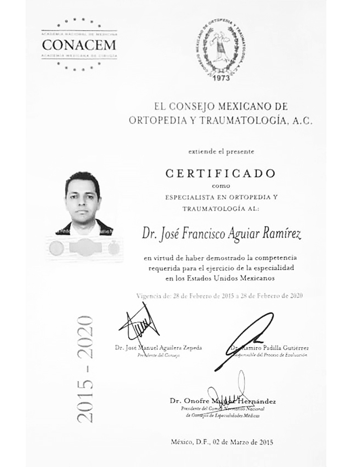 Irapuato orthopedist doctor certificate