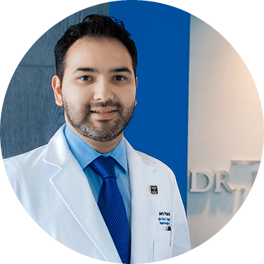 Mazatlan maxillofacial doctor smiling