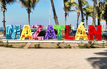 Letter sign with Mazatlán name