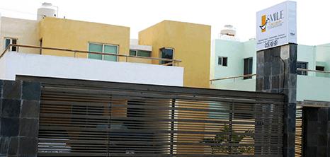 Merida dental clinic entrance