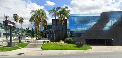 Monterrey plastic surgery clinic entrance