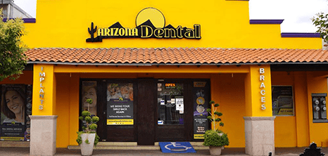 Nogales dental clinic entrance