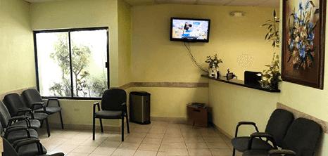 Nuevo Laredo bariatric clinic lobby