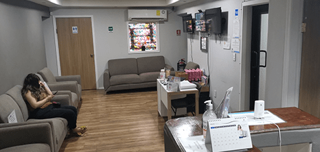 Nuevo Laredo Gynecology clinic lobby