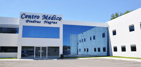 Piedras Negras bariatric clinic entrance