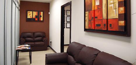Piedras Negras bariatric clinic lobby