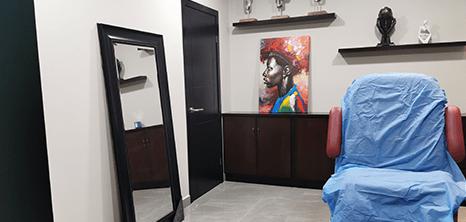 Piedras Negras plastic surgery clinic entrance