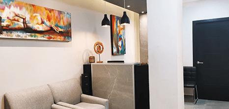 Piedras Negras plastic surgery clinic lobby