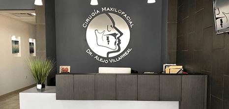 Piedras Negras maxillofacial clinic lobby