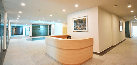 Queretaro plastic surgery clinic lobby