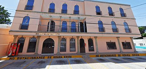 Reynosa dental clinic entrance