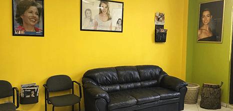 Reynosa dental clinic lobby
