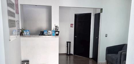 Los Cabos bariatric clinic lobby