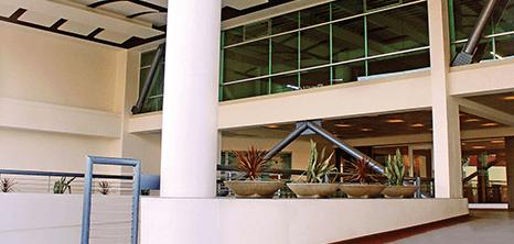 Tijuana bariatric clinic lobby