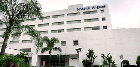 Tijuana neurosurgery clinic entrance